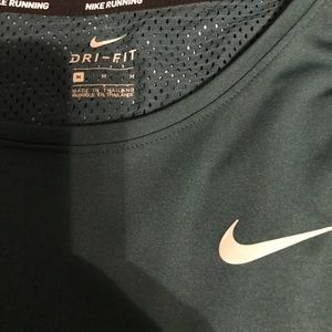 Tops - Nike running top
